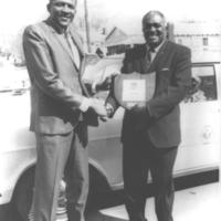 b5f2a - Tall Paul receiving an award - 1967.jpg