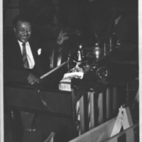 b3f12b - King Porter at the piano - 1954.jpg