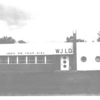 b2f30a - scan of orig photo of WJLD BSH studio 1952.jpg
