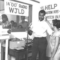 b4f42a - Sam 00 Moore at 1st Avenue WJLD studio - 1966.jpg