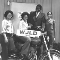 b7f35a - Paul with Harley Davidson winner - 1979.jpg